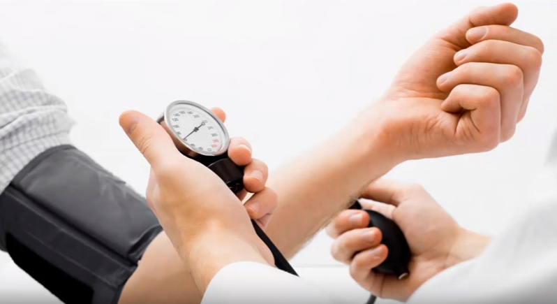how to reduce high blood pressure naturally at home